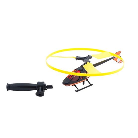 Flygende helikopter med snor